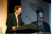 Rudy_Garcia_Spirit_of_Service_2006_at_podium_175x_09-26-06.jpg